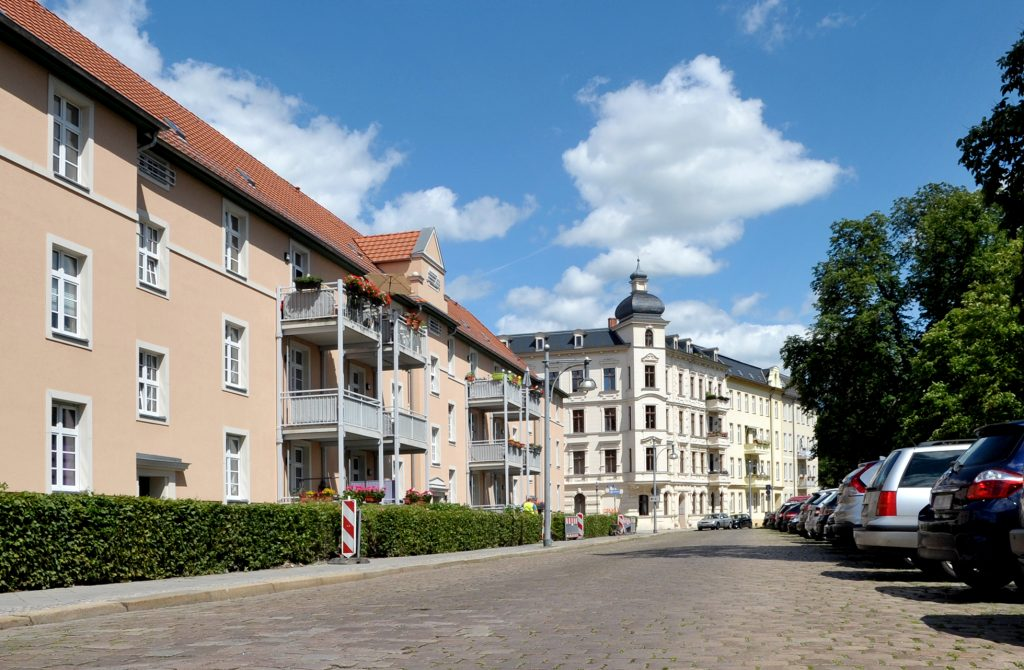 Kanalstraße – Richtung Brandenburger Theater
